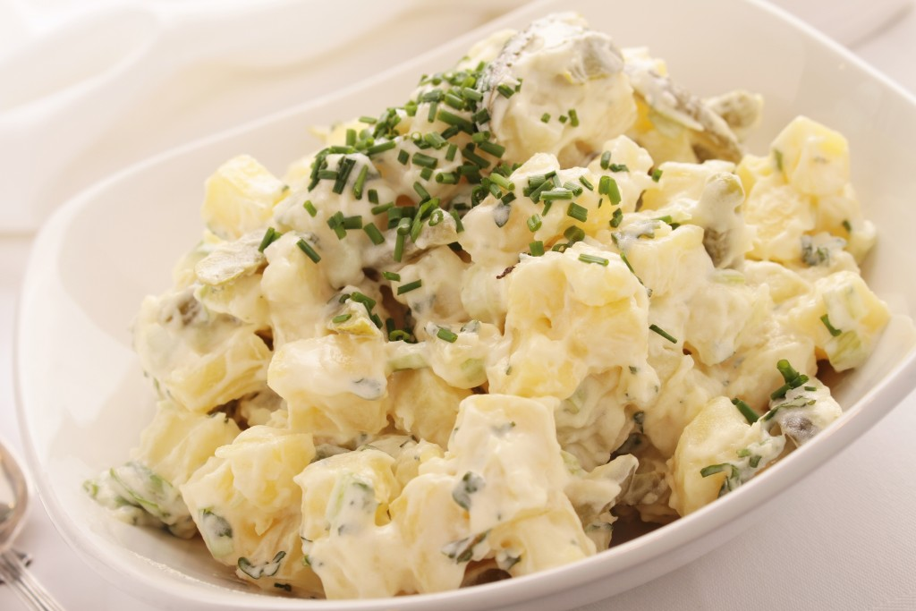 potato salad in bowl