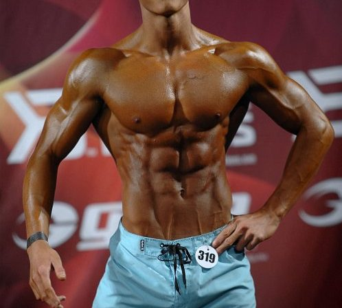Intervju med norgesmester i men´s physique overall